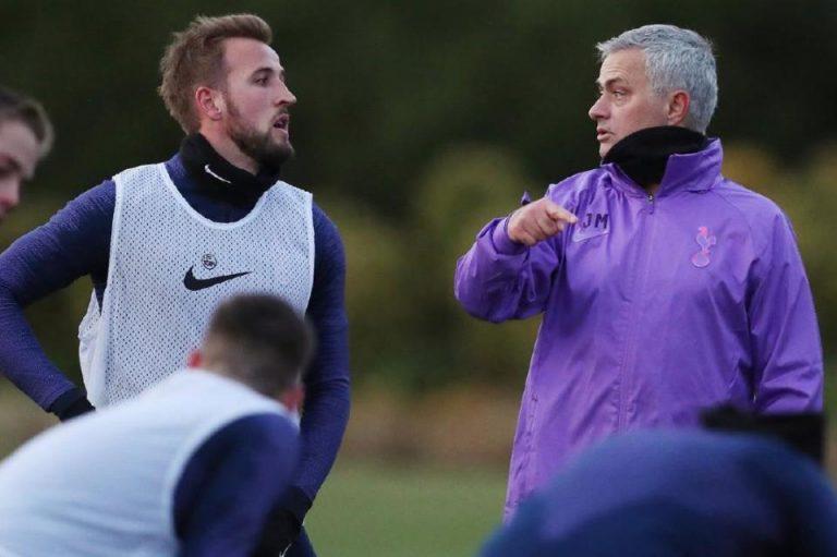 Mourinho : Pimpinan United Jadi yang Pertama Memberi Selamat Pada Saya