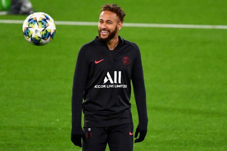 Sudah Betah, Neymar Ingin Perpanjang Kontraknya Di PSG