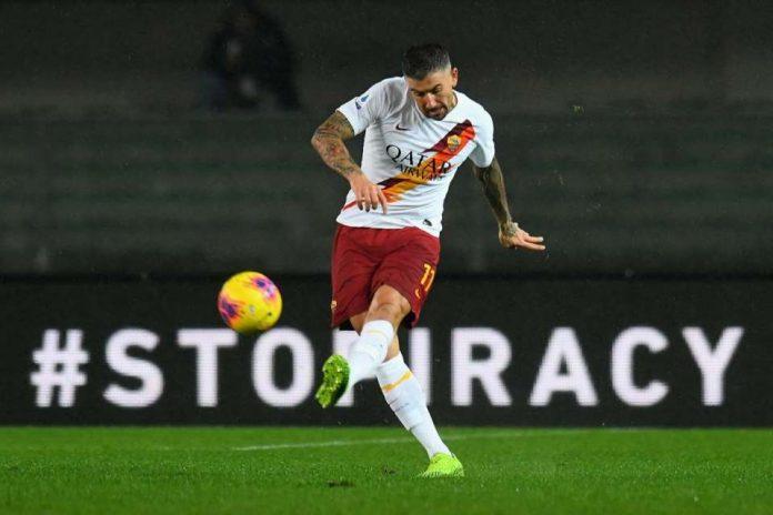 Fullback Roma Berambisi Tetap Tampil di Usia Senja