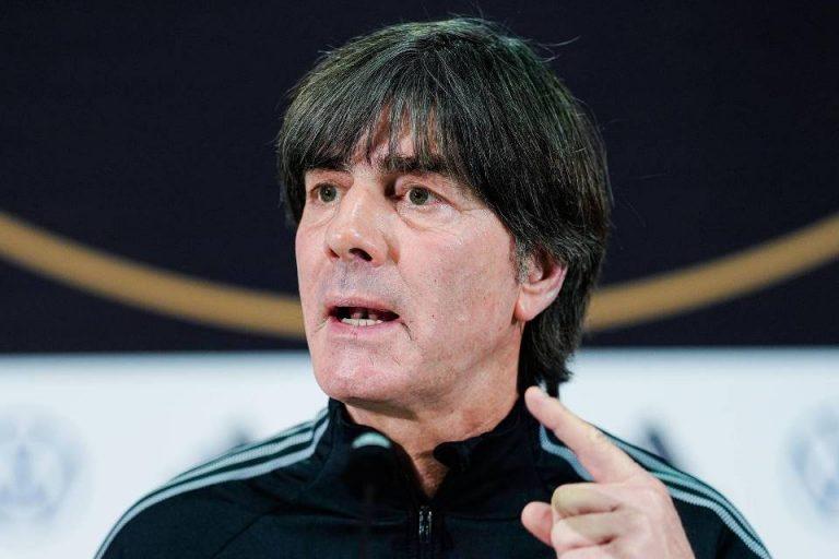 CEO Bayern Minta Sesuatu Pada Joachim Loew, Apa?