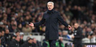 Penampilan Dua Gelandang Spurs Buat Mourinho Puas, Siapa?