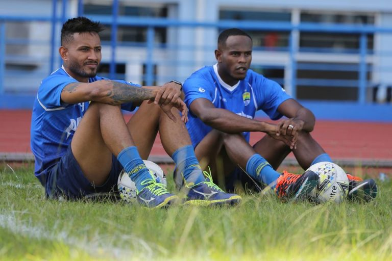 Rene Alberts Terus Pantau Perkembangan Duo Brazil