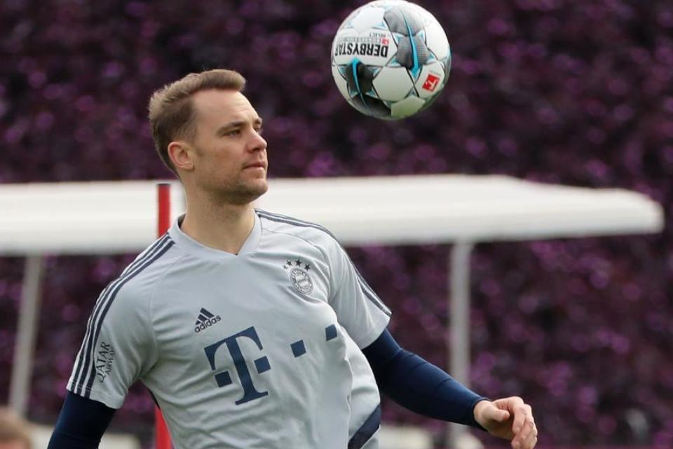 Manuel Neuer Dipermalukan Di Laga Kontra Paderborn