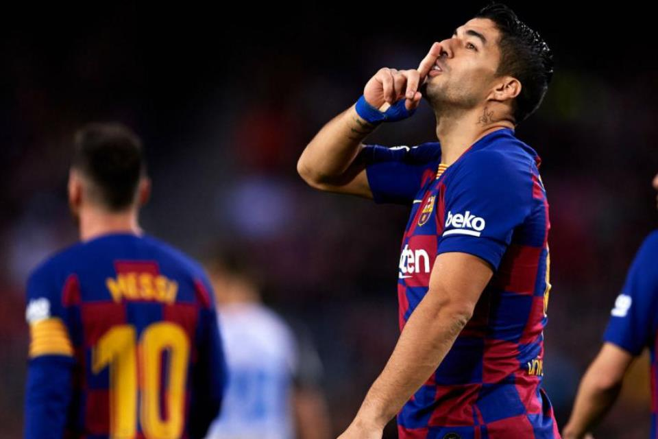 Suarez Diambang Top Skorer Ketiga Barcelona Sepanjang Masa