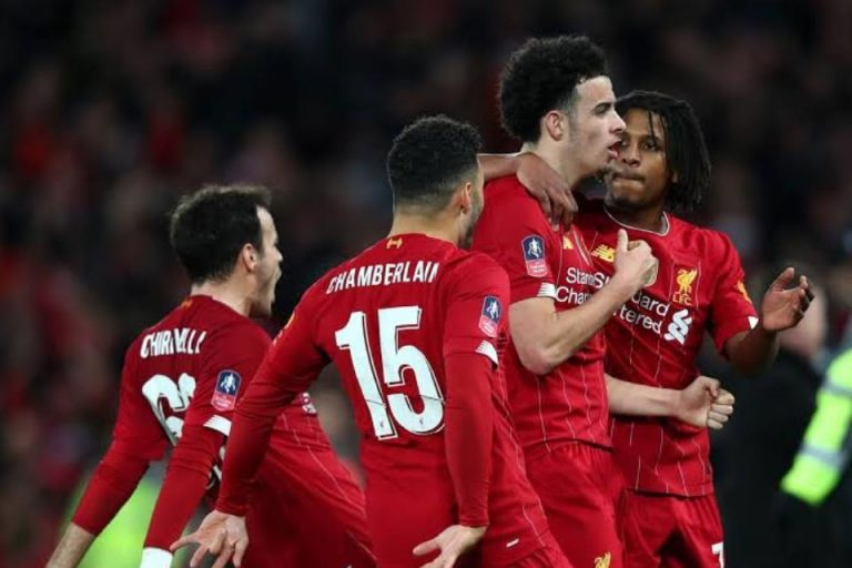 Lallana Ungkap Rahasia Keperkasaan Liverpool di Derby Mersyside