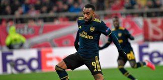 Jadi Pahlawan, Lacazette Justru Dikritik Mantan Pemain Arsenal