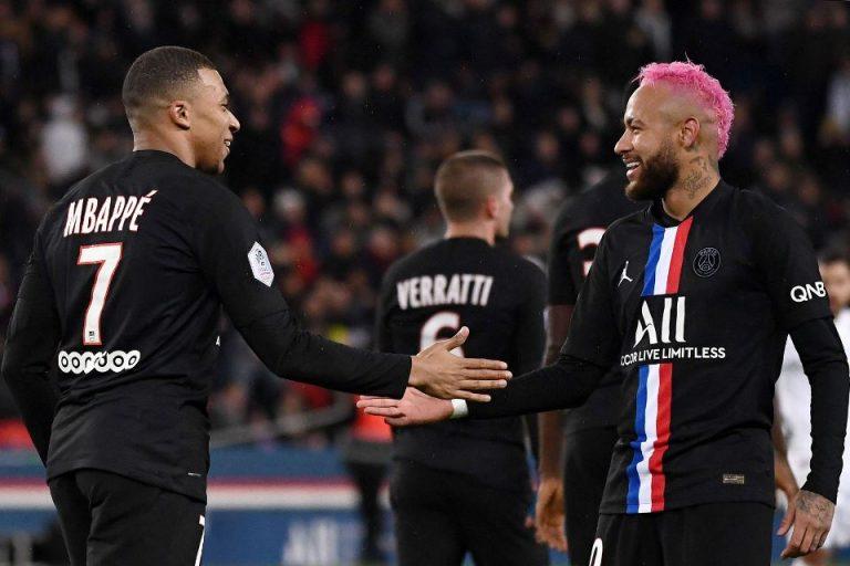 Bantai Dijon, PSG Melaju Mulus ke Semifinal