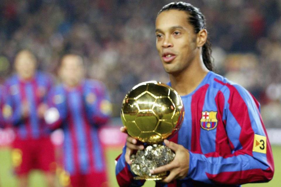 Bukan Ronaldo Atau Messi, Tapi Ronaldinho Yang Layak Sandang Gelar G.O.A.T