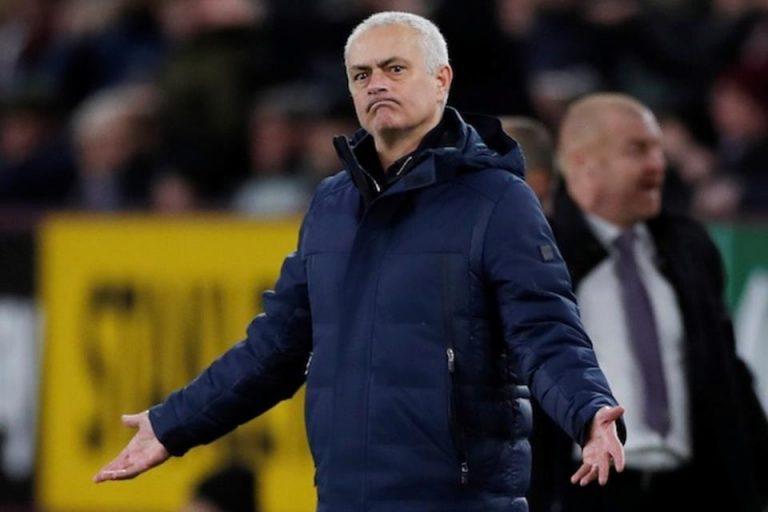 Eks Pelatih Spurs Sebut Mourinho Sudah Kehilangan Tajinya