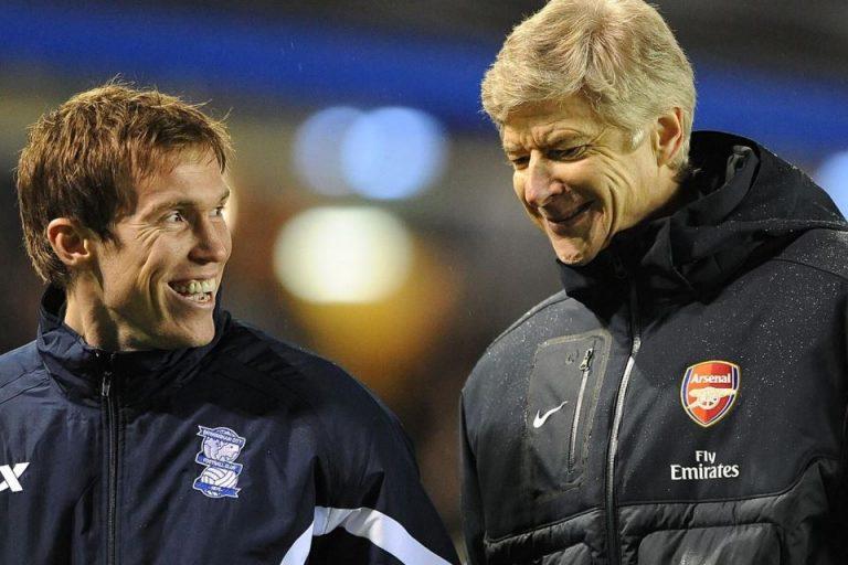 Legenda Sepakbola Belarusia Punya Kenangan Manis Bersama Wenger, Apa itu?