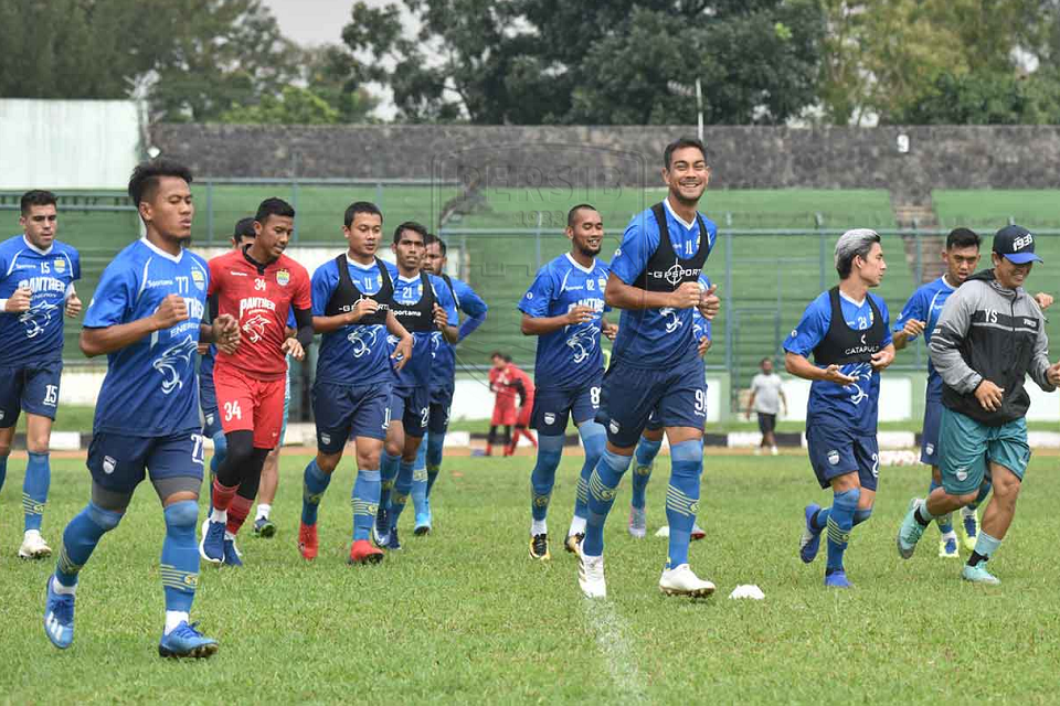 Persib Persilahkan Klub Di Luar Jawa Bermarkas Di Bandung