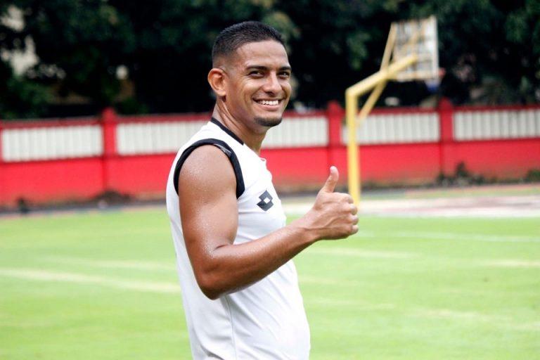 Pemain Terbaik Liga 1 2019 Ingin Akhiri Sepak Bola di Indonesia