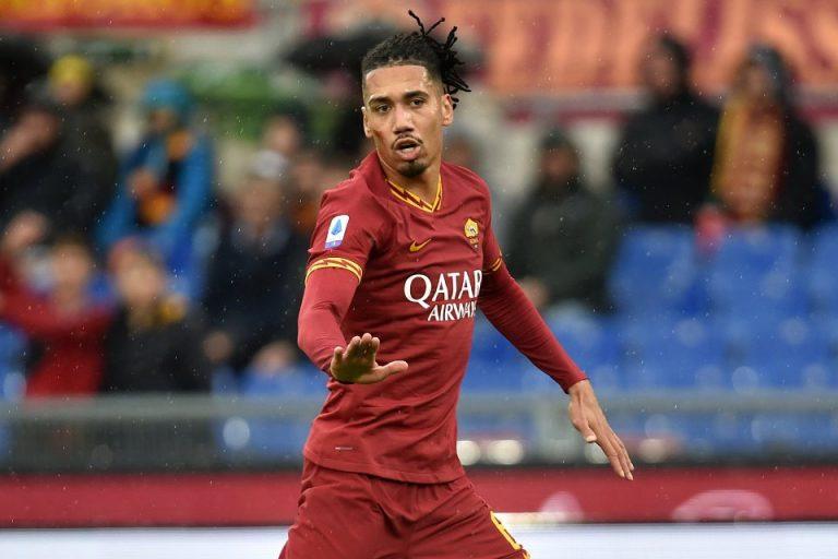 Takut Dirayu Arsenal, Roma Segera Amankan Smalling dari MU