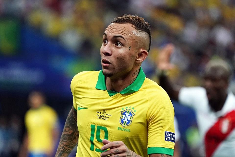 Everton Soares Brasil