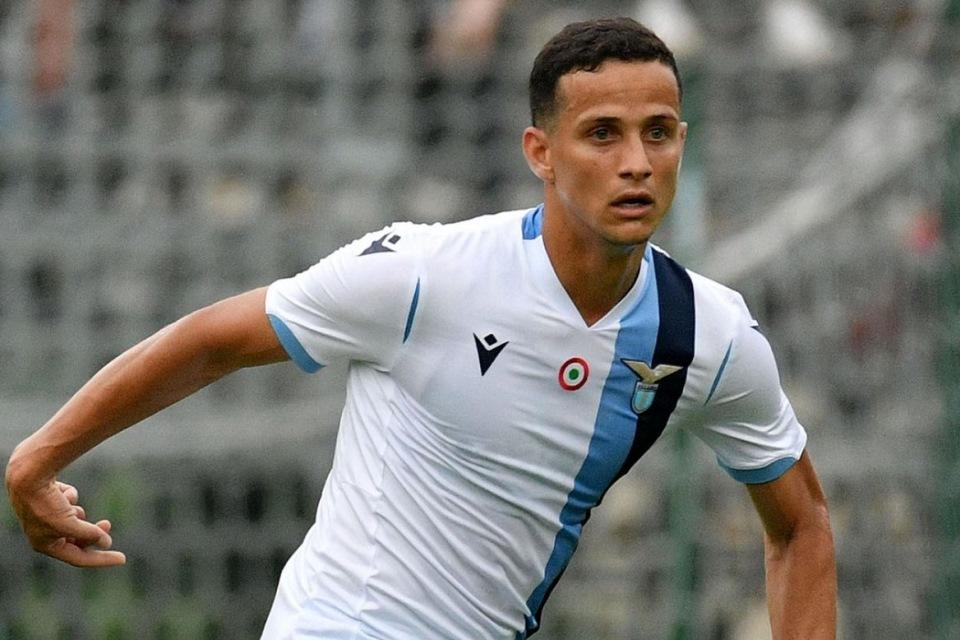 Dilirik Sepasang Tim Elit Eropa, Bintang Lazio Ungkap Kalimat Mengharukan