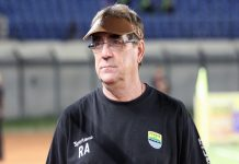 Rene Alberts Tetap Tenang Tunggu Kepastian Liga 1