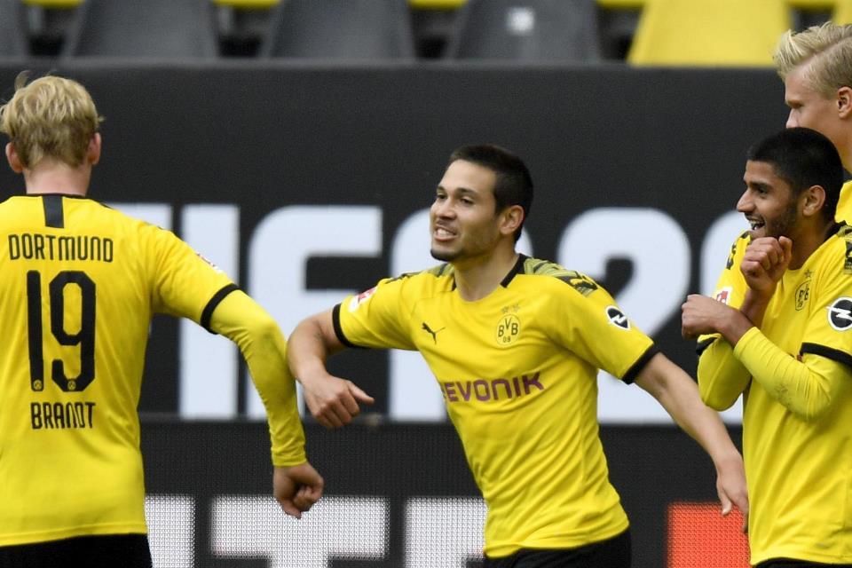 Hasil Bundesliga: Dortmund Pesta Gol dalam Laga Derby