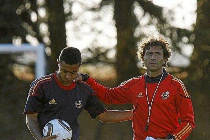Luis Milla dan Thiago Alcantara