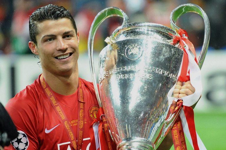 CR7 Berikan Kode Halus Tuk Pindah ke Manchester United?