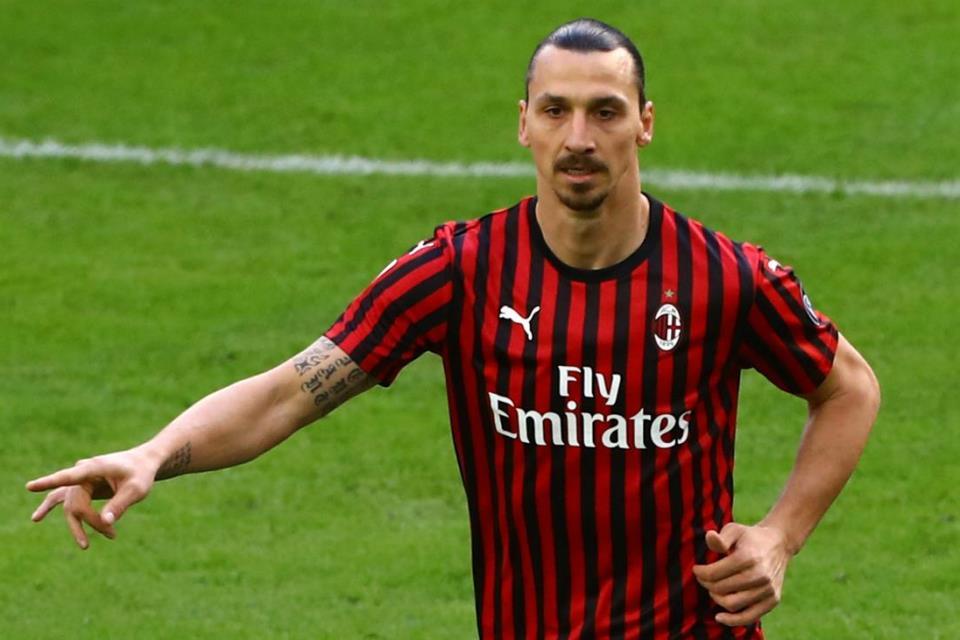 AC Milan Akan Putuskan Status Ibrahimovic di Akhir Musim