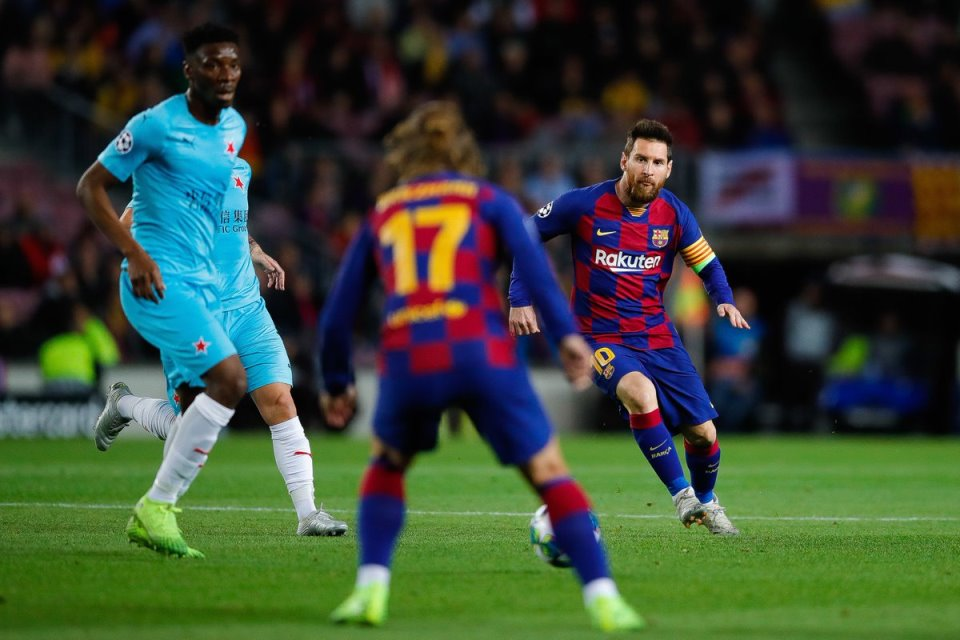 Biar Tidak Gagal Seperti Coutinho, Messi Harus Beri Penalti Ke Griezmann