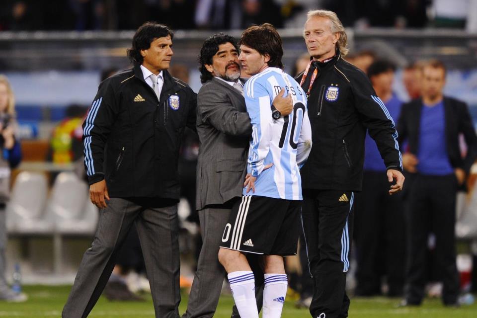 Chilavert Akui Prestasi Messi Jauh Lebih Unggul Dari Maradona