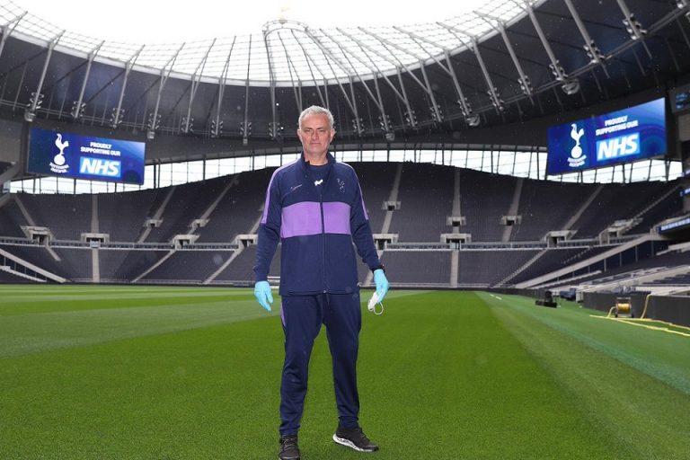 Klub Raksasa Liga Inggris Izinkan Stadionnya Terus Dipakai Tuk Perangi Corona