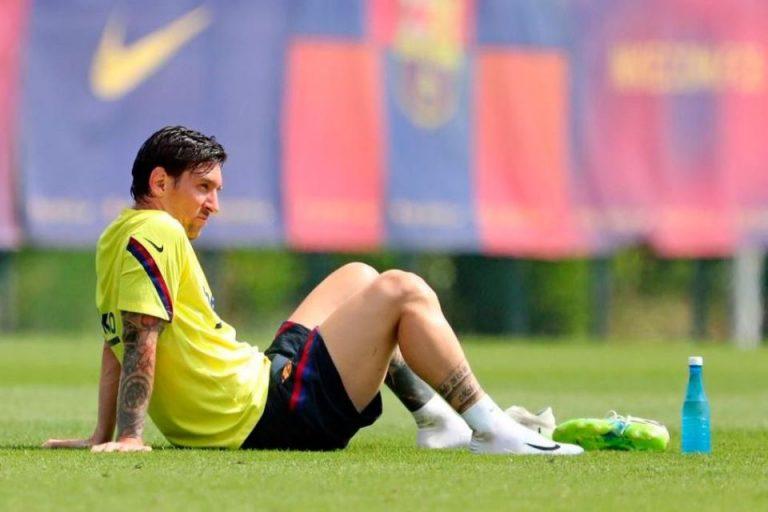 Negoisasi Kontrak Baru Mandek, Messi Berpeluang Tinggalkan Barcelona dengan Status Free Transfer