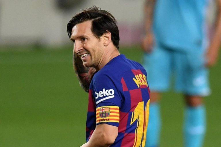 Dear Messi, Jangan Sampai Pergi Tinggalkan Barcelona