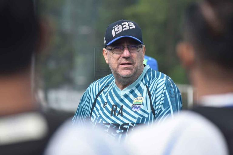 Persib Bandung Siap Lanjutkan Liga 1 Dengan Syarat Ini