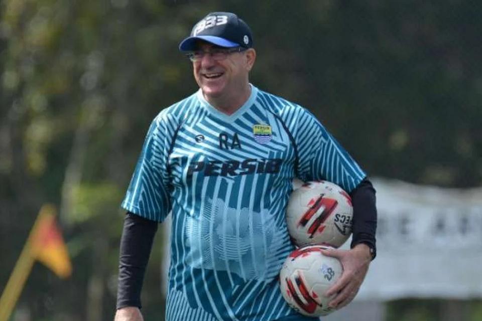 Piala Dunia U-20 ditunda, Begini kata Robert Alberts