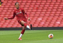 Tolak Rayuan PSG, Van Dijk Siap Teken Kontrak Baru di Liverpool
