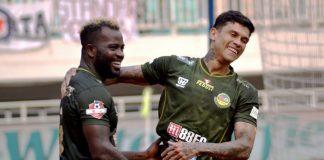 Alex Dos Santos Dan Ciro Alves Mengikuti Latihan Perdana PS TIRA