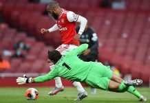 Bukan Hanya Lawan Arsenal, Alisson Ternyata Hobi Bikin Blunder
