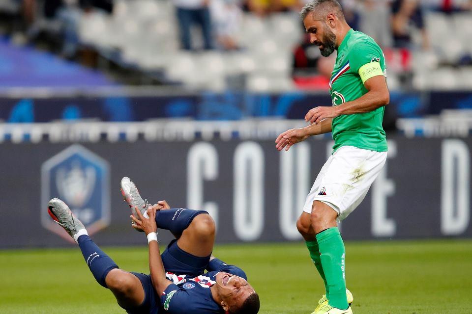 Pelatih Saint-Etienne Berharap Mbappe Hanya Alami Cedera Ringan