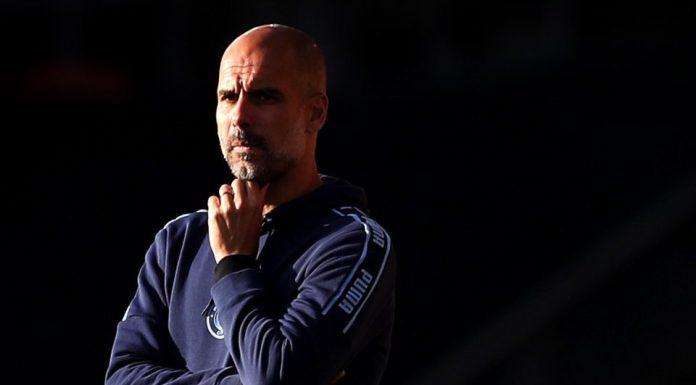 Pep Guardiola Persilahkan John Stones Hengkang