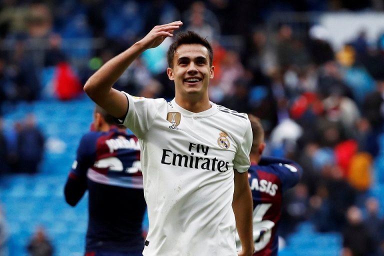 Diincar Chelsea, Bek Kiri Milik Real Madrid Buka Suara