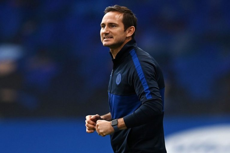 Ferdinand Peringatkan Lampard Agar Tak Salah Langkah Dalam Bursa Transfer