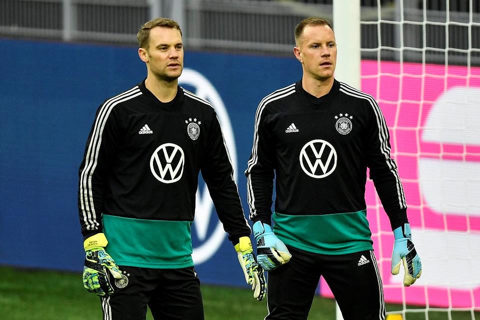 Jelang Duel Lawan Barcelona, CEO Bayern Ajang Adu Kehebatan Due Kiper Jerman