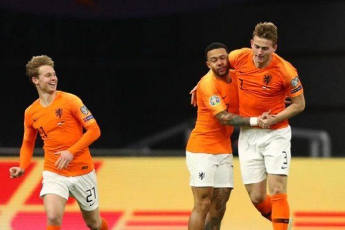Juventus vs Olympique Lyon akan menghadirkan duel dua sahabat asal Belanda. Memphis Depay bertekad merepotkan kompatriotnya Matthijs de Ligt.