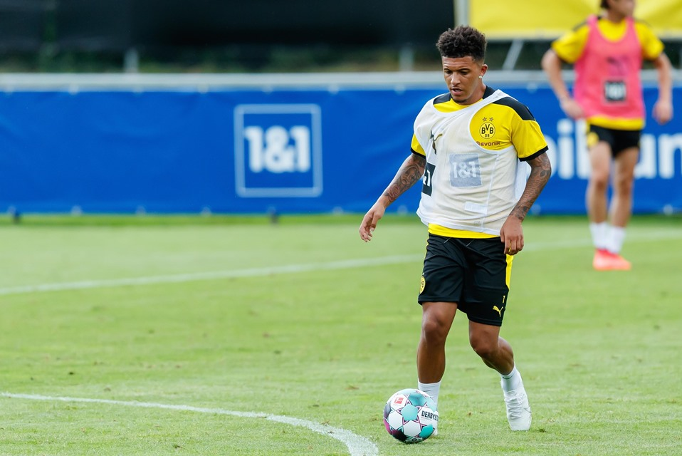 Rekan Setim Dortmund Gembira Sancho Batal Bergabung Ke MU