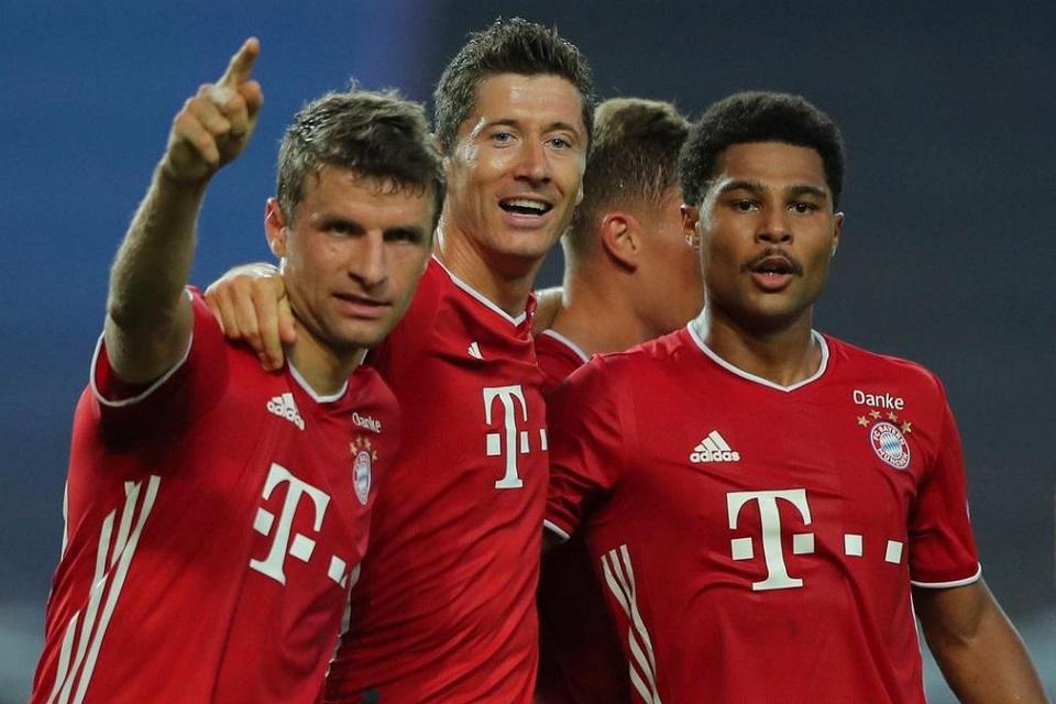 Thomas Muller (kiri), Robert Lewandowski (tengah) dan Serge Gnabry (kanan)
