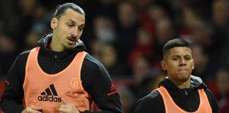 Zlatan Ibrahimovic (kiri) dan Marcos Rojo (kanan)