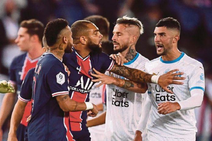 Dituding Rasis, Alvaro Gonzalez dan Neymar Terancam Akan Absen Dalam 10 Laga