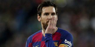Messi Bertahan Sama Halnya Barcelona Sedang Menyimpan Bom Waktu