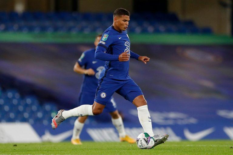 Laga Debut Thiago Silva: Bikin Blunder, Chelsea Kebobolan Tiga Gol
