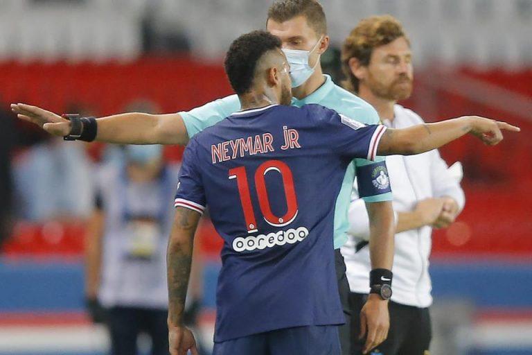Masih Emosional, Neymar Kembali Buat Gaduh di Sosial Media