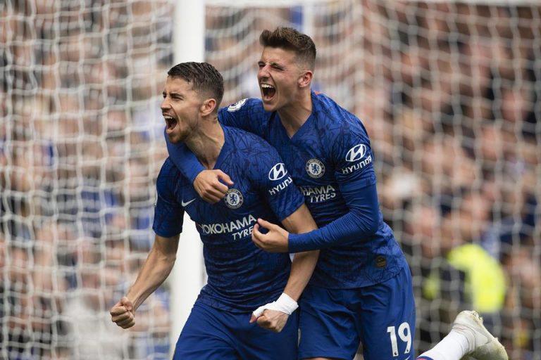 Arsenal dan PSG Rebutkan Gelandang Milik Chelsea