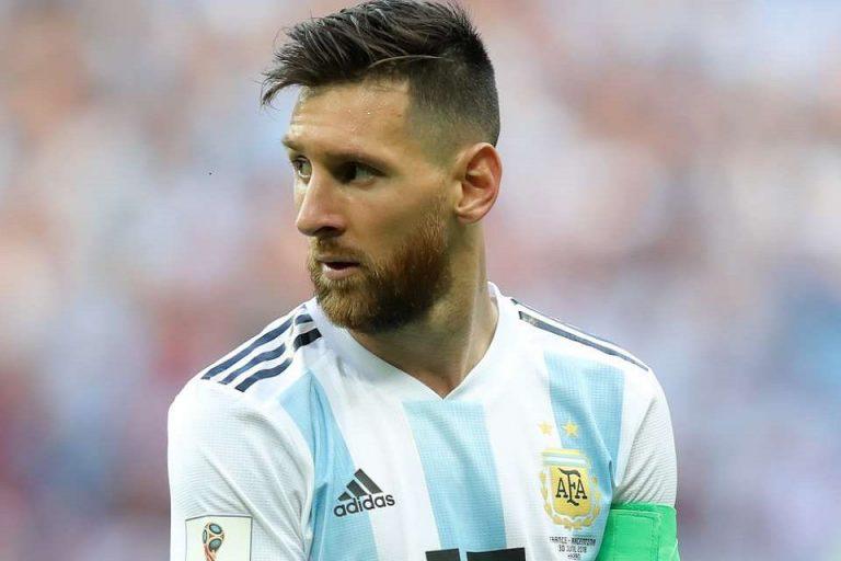 Pelatih Fisik Bolivia Stres Betul Dipanggil 'Botak' Sama Messi, Begini Kronologinya!