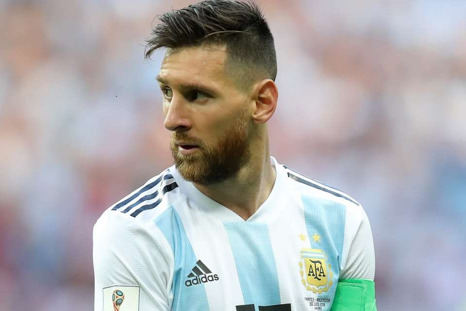 Demi Nonton Messi, Masyarakat Bolivia Sampai Rela Naik Bukit